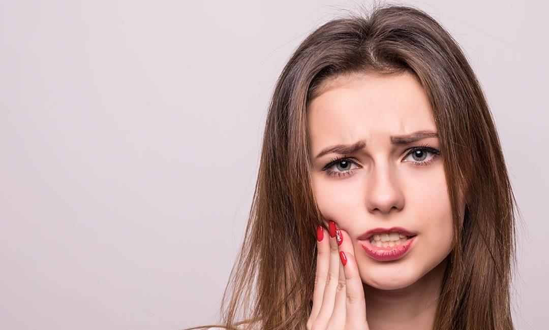 Što uzrokuje zubobolju